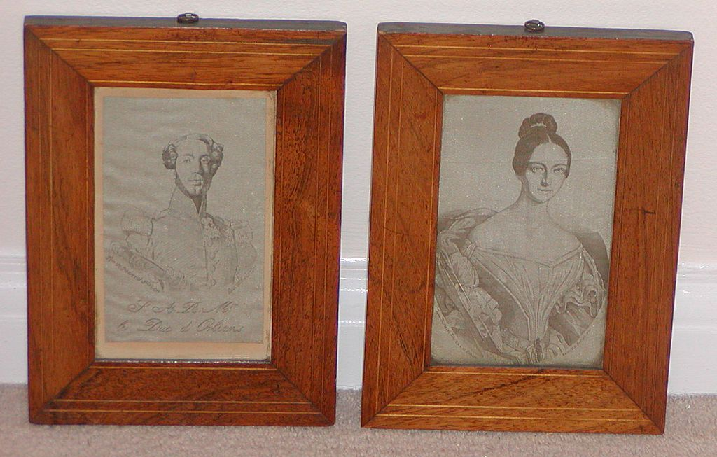 Silk pictures. Pair of early silk pictures.