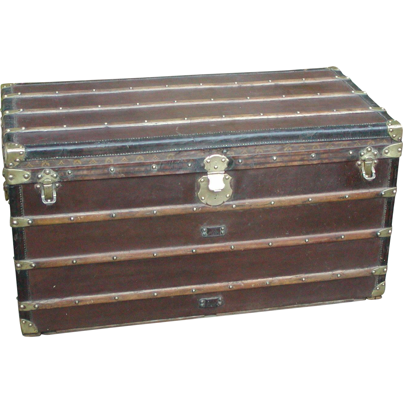 Louis Vuitton trunk...Vintage Louis Vuitton trunk...Louis Vuitton...