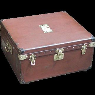 Louis Vuitton trunk....Vintage Louis Vuitton trunk...