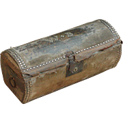 Trunk...Log trunk...Stagecoach trunk...