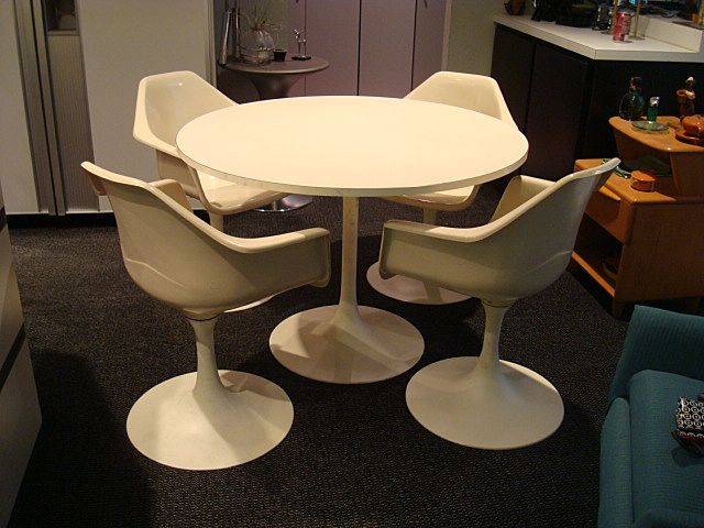 Vintage Tulip Table and Chairs Mid Century Modern