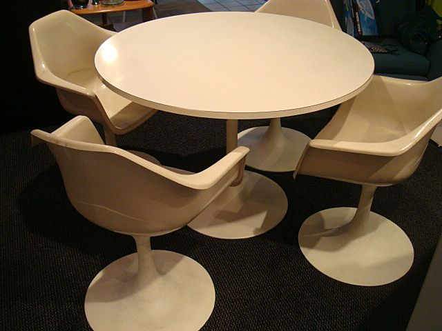Vintage Tulip Table And Chairs Mid Century Modern From