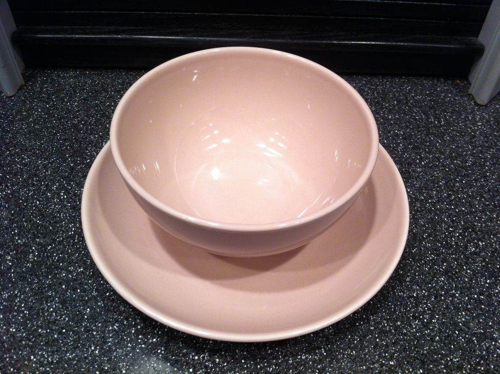 Pink Iroquois Gravy with Attached Stand by Russel Wright