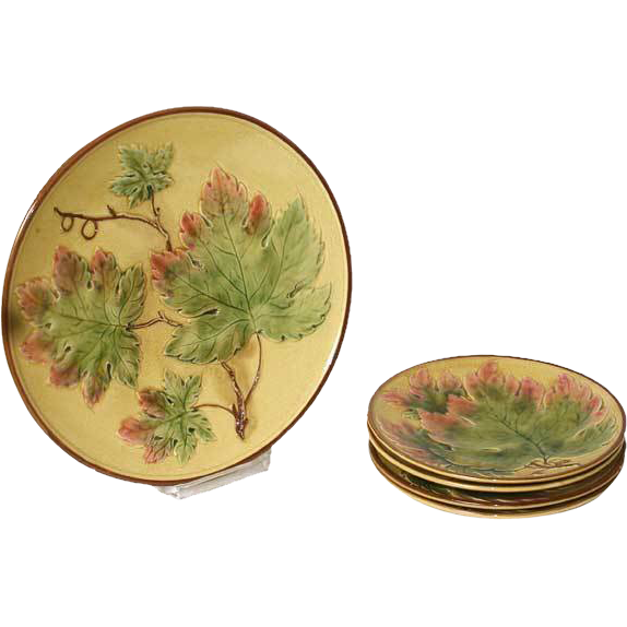 Set of Five German Zell Majolica Maple Leaf Pattern Plates