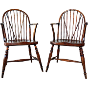 Pair of English Georgian Braceback Yew and Elm Wood Windsor Armchairs