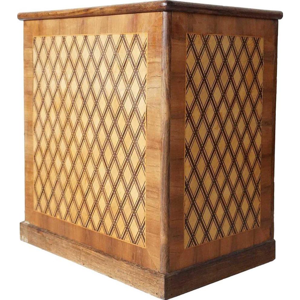 German Inlaid Circassian Walnut Lift-top Box