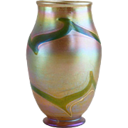 Early American Tiffany Art Nouveau Green and Gold Art Glass Vase