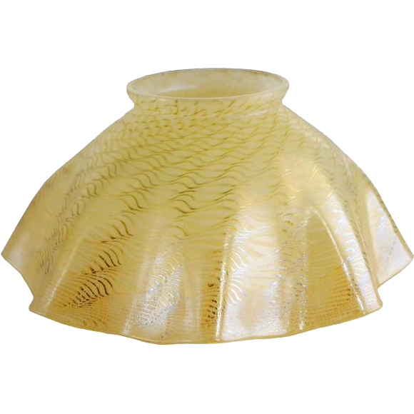 American Tiffany Studios Pale Gold Colored Art Glass Lamp Shade