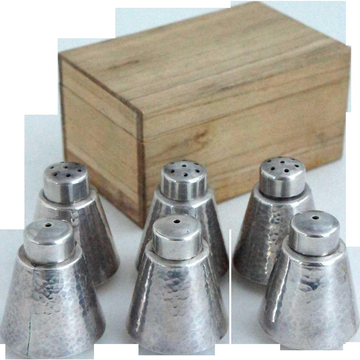 Three Pairs of Japanese Toyokoki Pure Silver Salt and Pepper Shakers with Kiri Wood Boxes