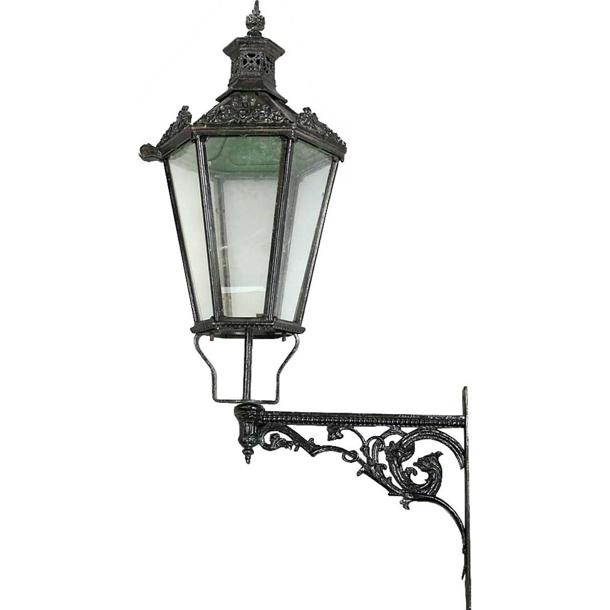 Large English Victorian Painted Cast Iron Bracket Lantern