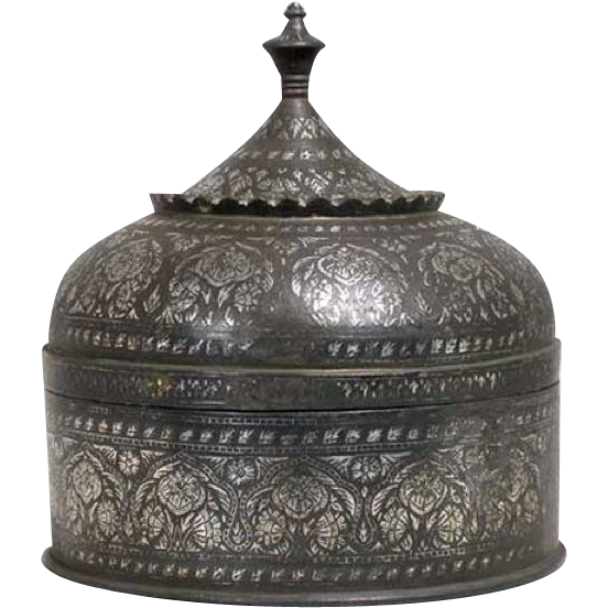 Large Indian Mughal Silver Inlaid Bidri Round Box