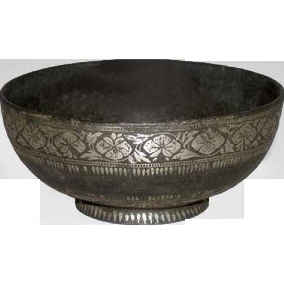 Indian Mughal Bidri Ware Silver Inlaid Bowl