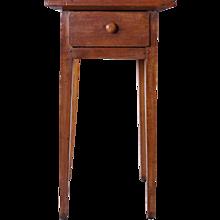 American New England Pine One-Drawer Nightstand