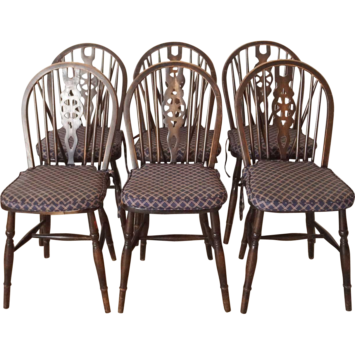 Set of Six Vintage English Wheel Back Windsor Side Chairs