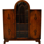 Small English Art Deco Walnut Veneer Display Cabinet (Ref: C2799)