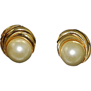 Kenneth J Lane Designer Glass Pearl Clip On Earrings Vintage