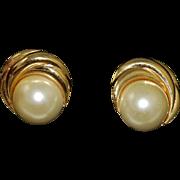 Kenneth J Lane Designer Glass Pearl Clip On Earrings Vintage