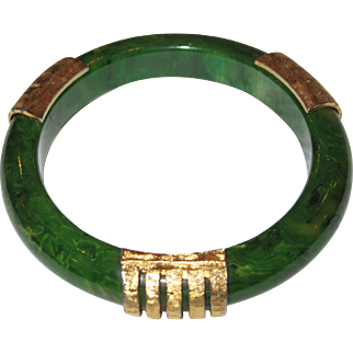 Creamed Spinach Bakelite - Bangle Bracelet with Gold Toned Metal