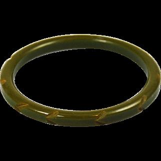 Green Bakelite Carved Bangle & Hoop Earrings Set