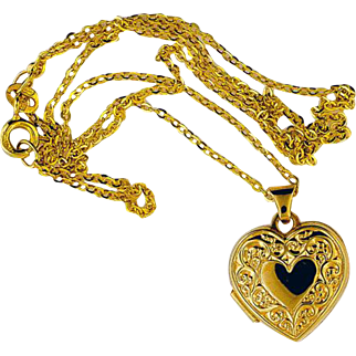 14K Yellow Gold Locket w/ Chain