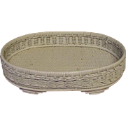 Vintage Oval White Wicker Tray