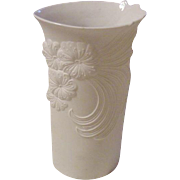 Delicate Kaiser Porcelain Vase, Signed Frey