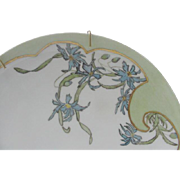 Haviland France Plate, Stylized Floral Nouveau Design of Ragged Robins