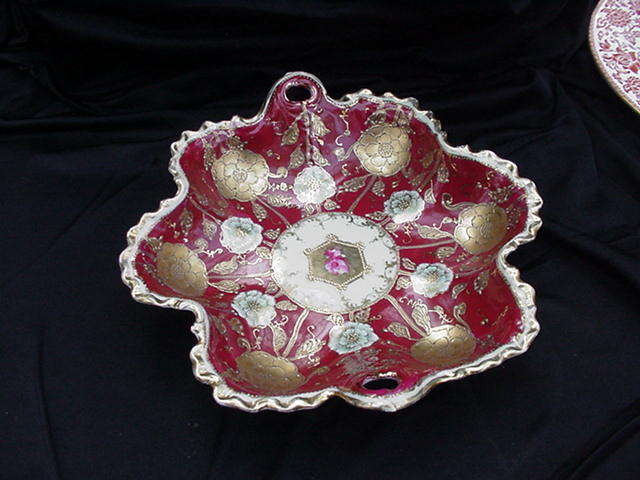 Six-Lobed Floral Porcelain Bowl with Applied Slip Beading, Gold Decoration