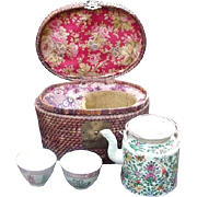 19th Century Chinese Teapot and Cups in Basket