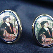 Vintage Cuff Links w Portrait of a Renaissance Man in Goldtone Frame