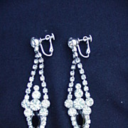 Gorgeous Pair of Vintage Rhinestone Drop Earrings, Clip Back, Prong-Mounted