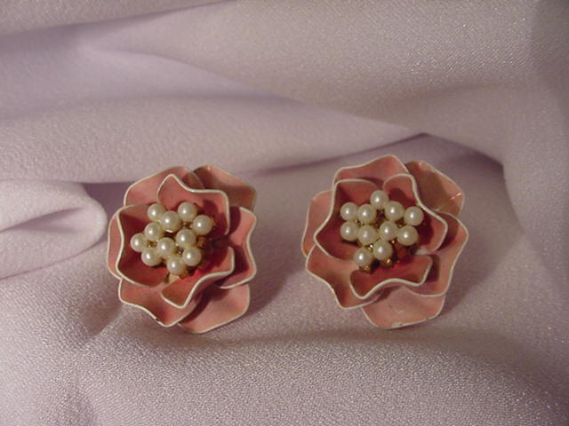 Vintage Marvella Earrings, Pink Enamel Flowers w Faux Pearl Center