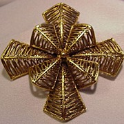 Vintage Vendome Pin, Textured  Goldtone Cross