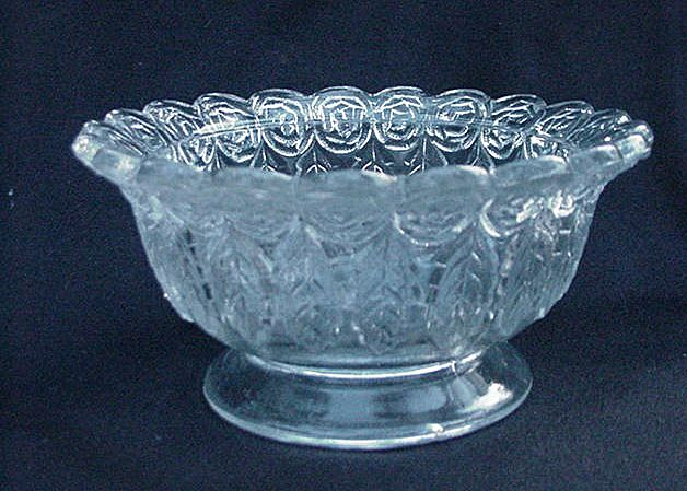 Rare Garland of Roses Clear Pressed Glass Footed Bowl