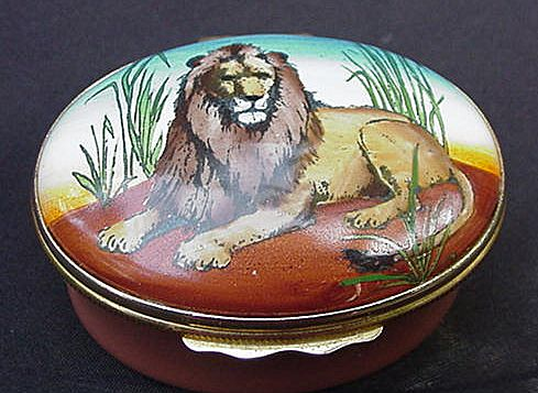 Halcyon Days Enamel Box, Lion on Lid, England