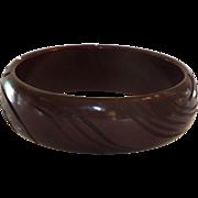 Carved Bakelite Bangle Bracelet in Chocolate