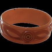 Carved Bakelite Bangle Bracelet in Apricot