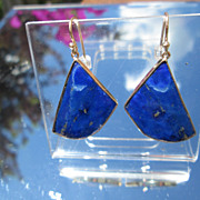 9kt Yellow Gold Fan Shape Lapis Lazuli Dangle Earring