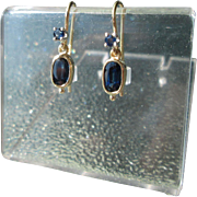 18kt Yellow Gold Double Sapphire Dangle Earrings French Wire Closure