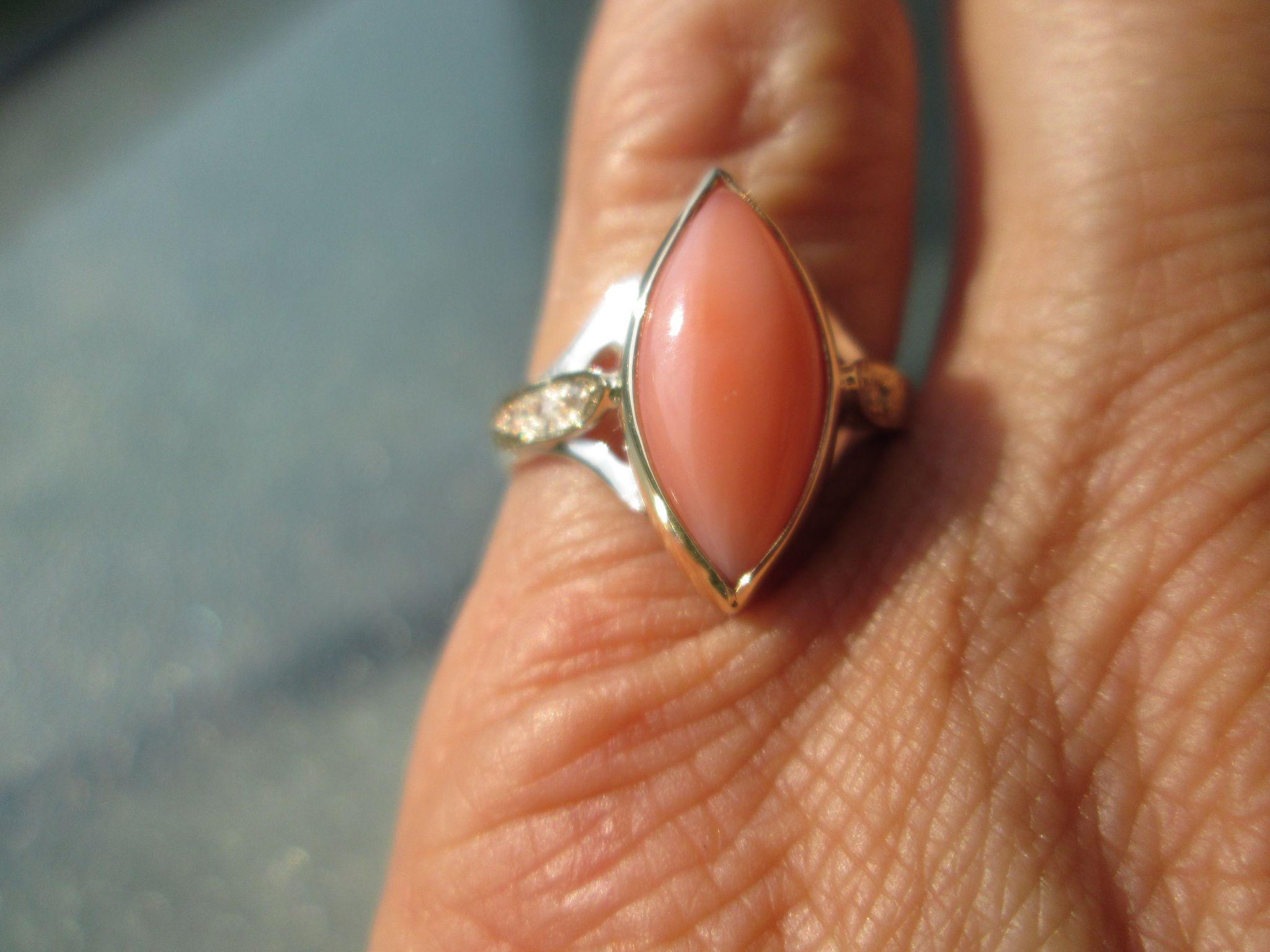 9kt/Sterling Silver Ocular Cut Angel Skin Coral/Diamond Ladies RIng