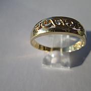 14kt Yellow Gold Unisex Vintage Single Diamond Wedding Band