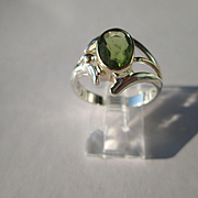Silver/9kt Yellow Gold Oval Lime Green Peridot Artisan Ladies Ring