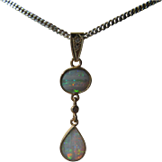 9kt Yellow Gold Fiery Oval/Pear Shape Opal Diamond Dangling Pendant