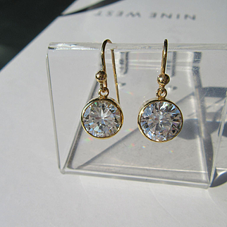 9kt Yellow Gold Round Cubic Zirconia Dangle Earrings