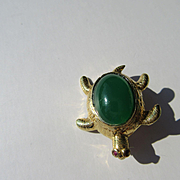 14kt Yellow Gold Green Onyx and Ruby Vintage Turtle