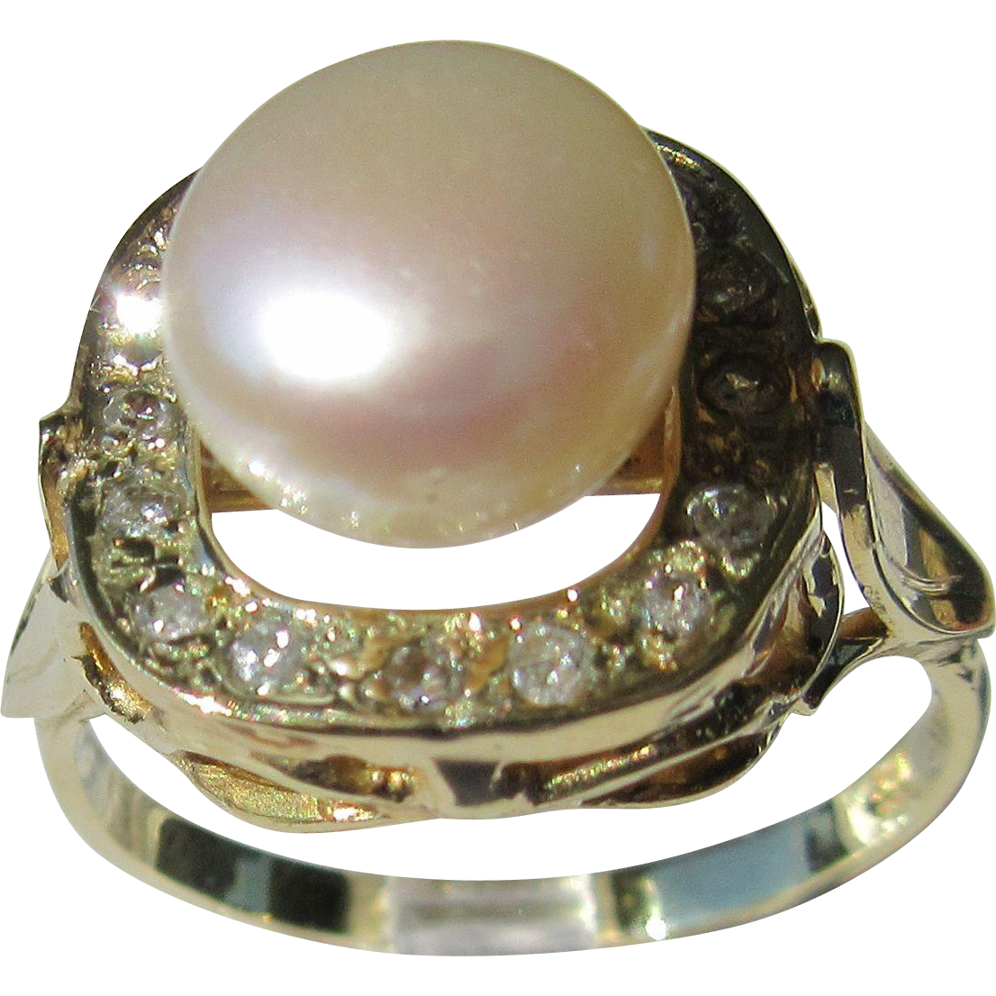 14kt Yellow Gold Freshwater Pearl and Diamond Artisan Ladies Ring