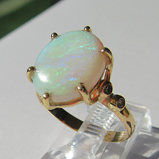 14kt Fiery Oval Opal and Multi Diamond Ladies Artisan Ring