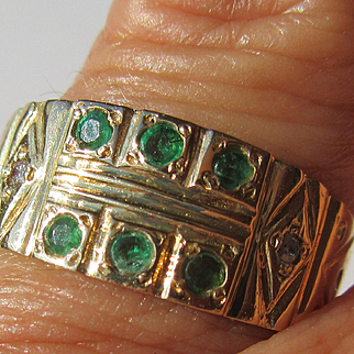 14kt Yellow Gold Vintage Emerald/Diamond Ladies Band Ring