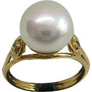 9kt Yellow Gold Freshwater Pearl and Diamond Ladies Ring