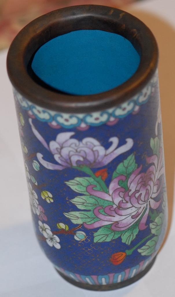 1930s High Quality Cloisonne Pen Holder or Vase